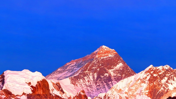 PS-sunset-everest