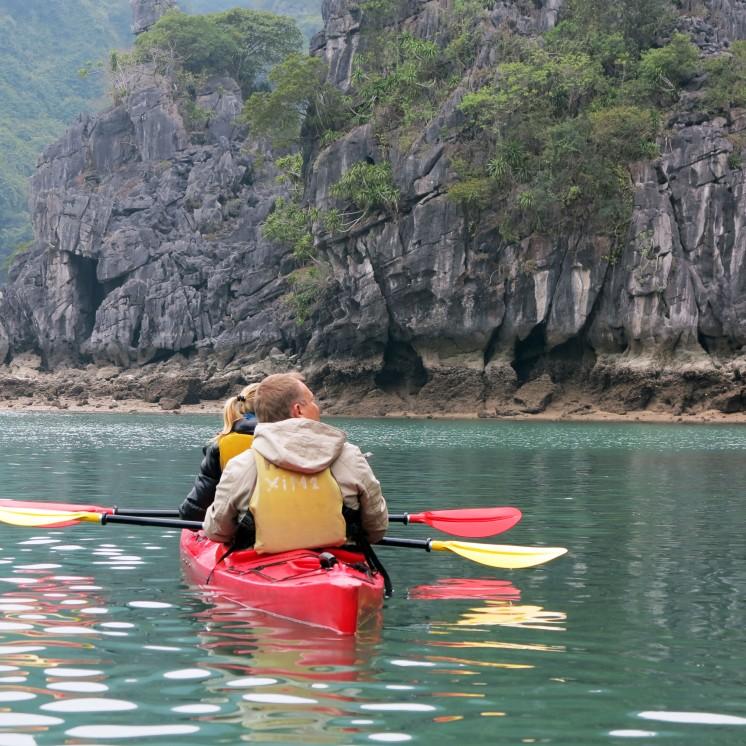 viet-bay-kayak-1