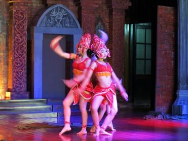 viet-hoi-an-dance-1