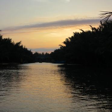 viet-hoi-an-water-coco-3