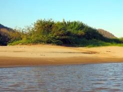 laos-luang-prabang-mekonk-beach