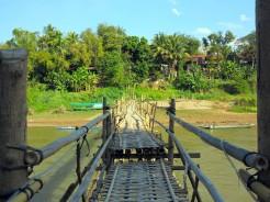laos-luang-prabang-pont