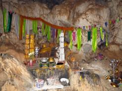 laos-thakhek-loop-cave-1