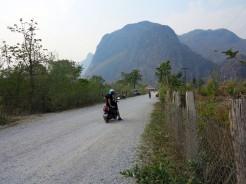laos-thakhek-loop-kong-scooter