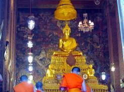 Wat Pho - monks