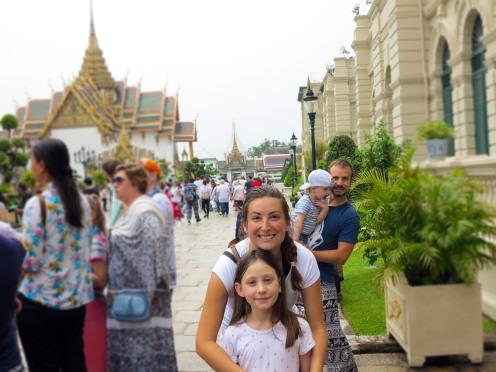 thai-temple-emeerald-buddha-1