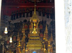 thai-temple-emerald-buddha-12