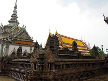 thai-temple-emerald-buddha-7