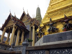 thai-temple-emerald-buddha-9