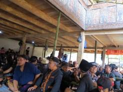 indo-sulawesi-tanah-toraja-enterrement-1