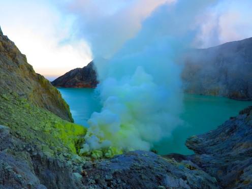 indo-java-ijen-cratere-1