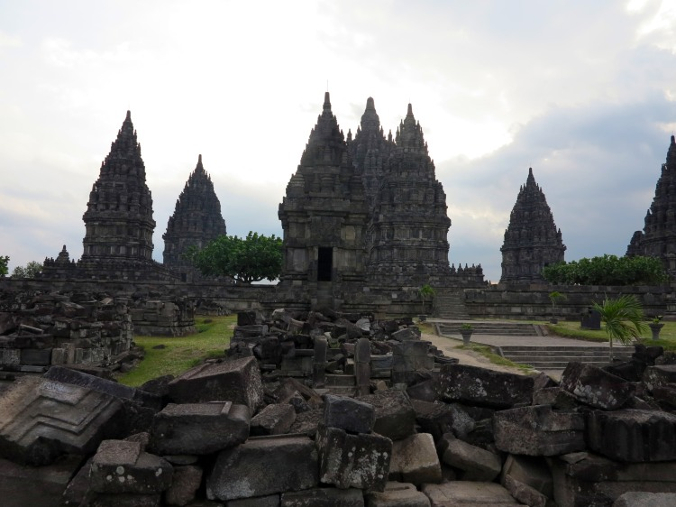 indo-java-prambanan-temple-2