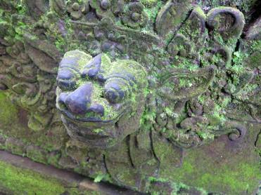 indo-bali-ubud-monkey-temple-6